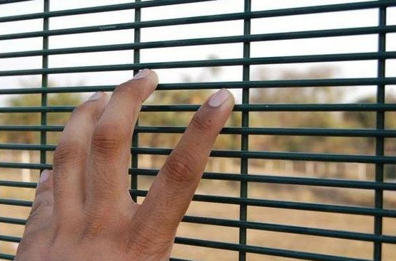 Steel security fencing bow top picket or theft free